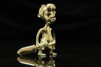 Мальчик с мечом. 2009 г. Бронза, литье. 9х6х2 см. Собственность автора